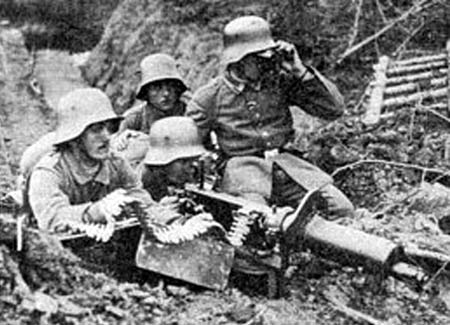 German maxim gun in action